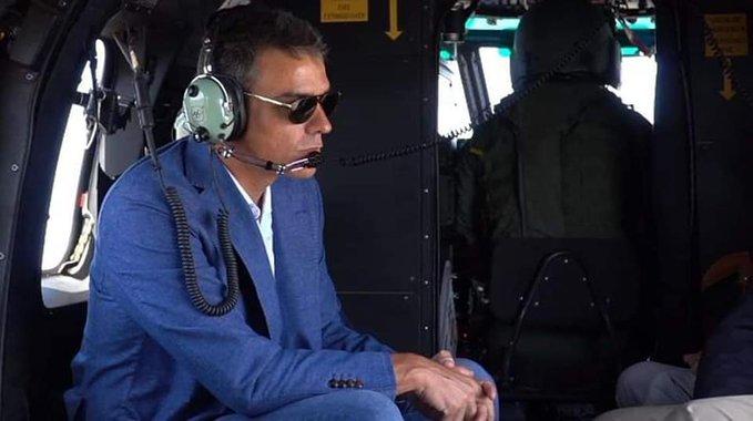 Al presidente en funciones le gustan los vuelos más que a un tonto un lápiz. Es la metáfora perfecta de la decadencia moral.