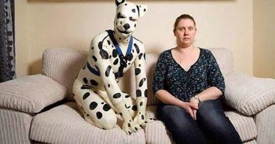 Quiere ser declarado como el primer hombre transespecie mientras finge ser un perro dálmata