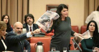 Batet expulsa a Olona de la Diputación Permanente