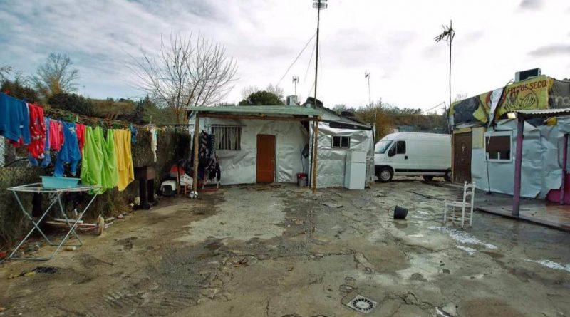 Los realojados del poblado de las Sabinas deberán aprender a vivr en pisos