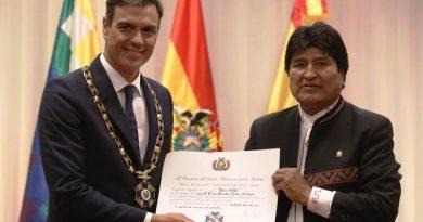 14.000 millones de euros para Bolivia fue una de las primeras faenas que hizo el cum fradue, de nombre Pedro al llegar al palacio de la Moncloa.