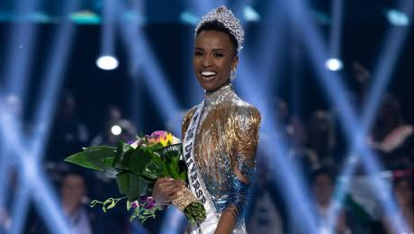 Zozibini Tunzi Sudáfricana que ha ganado Miss Universo de 2019