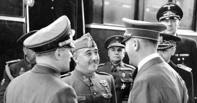 El día que Franco fue a ver a su cuñado y se encontró por casualidad con... Mira, ¡Como Ábalos!