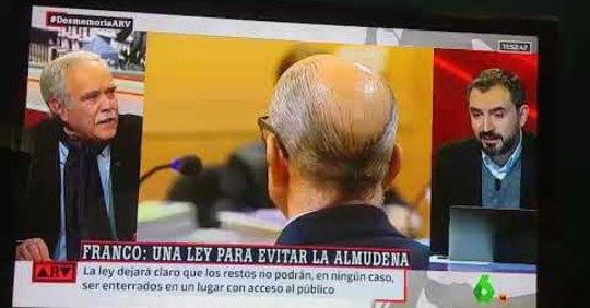 Hoy es un buen día para recordar una genial lección de Pérez Henares a Ignacio Escolar