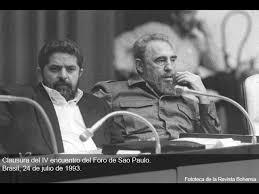 Fidel Castro junto a Loula Da Silva, fundador del Partido de los Trabajadores, en la clausura del IV Foro de Sao Paulo. La Habana. 1993