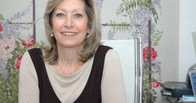 Ana Castells: Nos censuran con el dame pan y dime tonto y seguirán haciéndolo sino reaccionamos