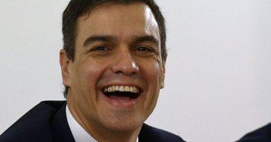 Pedro Sánchez, el Doctor Cum Fraude y el latrocinio intelectual