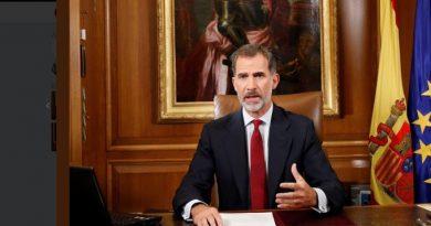 Hay algunos tan obsesionados con su idea de estado, que no pueden asimilar que España es una Monarquía Parlamentaria, que se votó con la Constitución