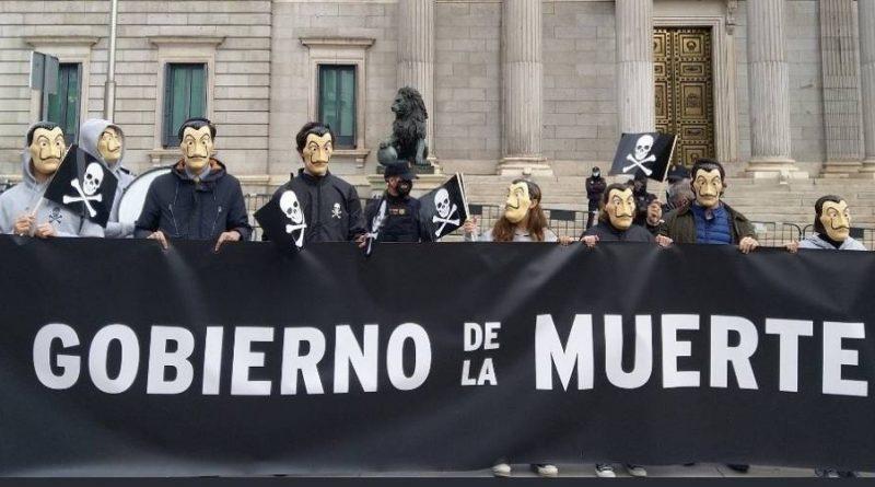 La sociedad civil se defiende ante los ataques foribundos de la clase politica