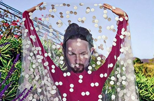 Después de Ireno en Vanity, ahora toca a Pablo Manué que nos muestre su arte en otra revista obrera