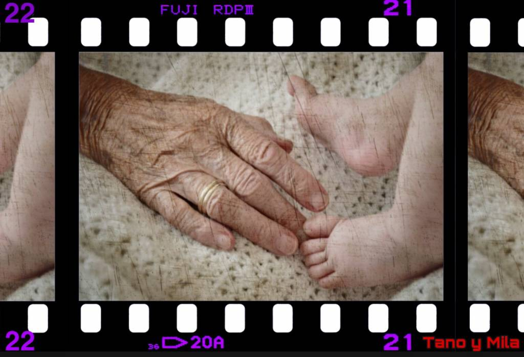 La alegría del nacimiento y las caricias del mañana. Ilustración de Tano