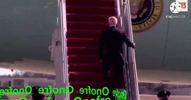 Percance de Biden en el Air Force One.. Tuit de Onofre