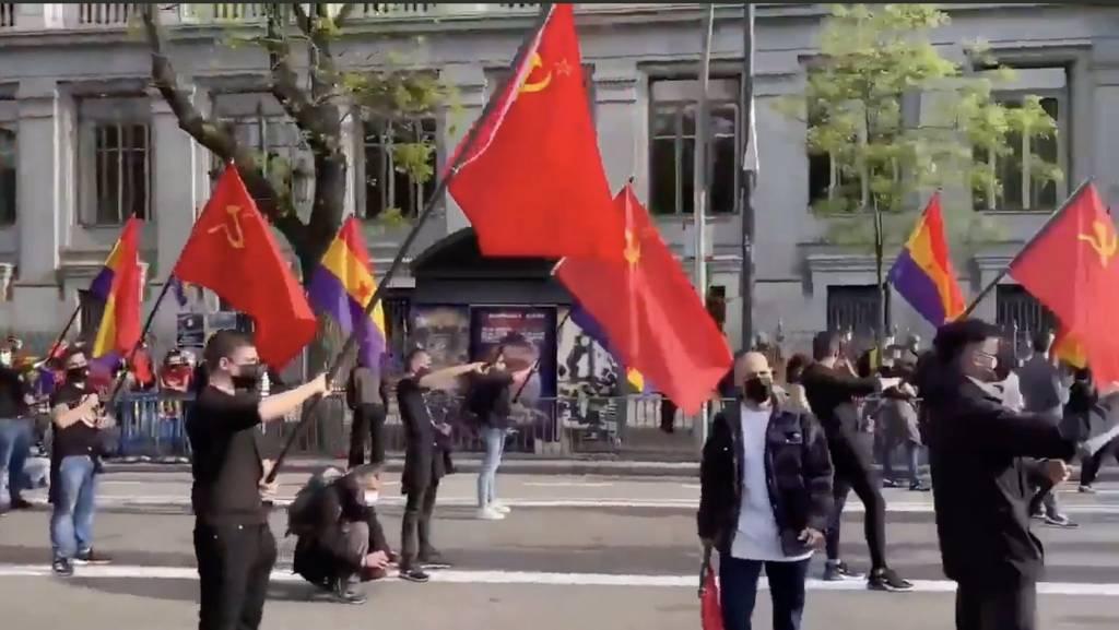 Nada de agachar la cabeza frente a los trogloditas que quieren romper España