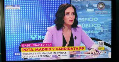 ¿Por qué ese empeño del realizador de Antena 3, en hacer la entrevista a Isabel Díaz Ayuso con los aires cambiados?
