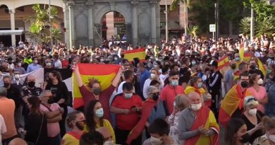 Concentración frente a la sede de la Delegación del Gobierno en Ceuta