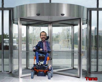 Echenique desliza que dejará la política y volverá a su profesión. Yo lo llamaría puerta giratoria. Tuit de Tano