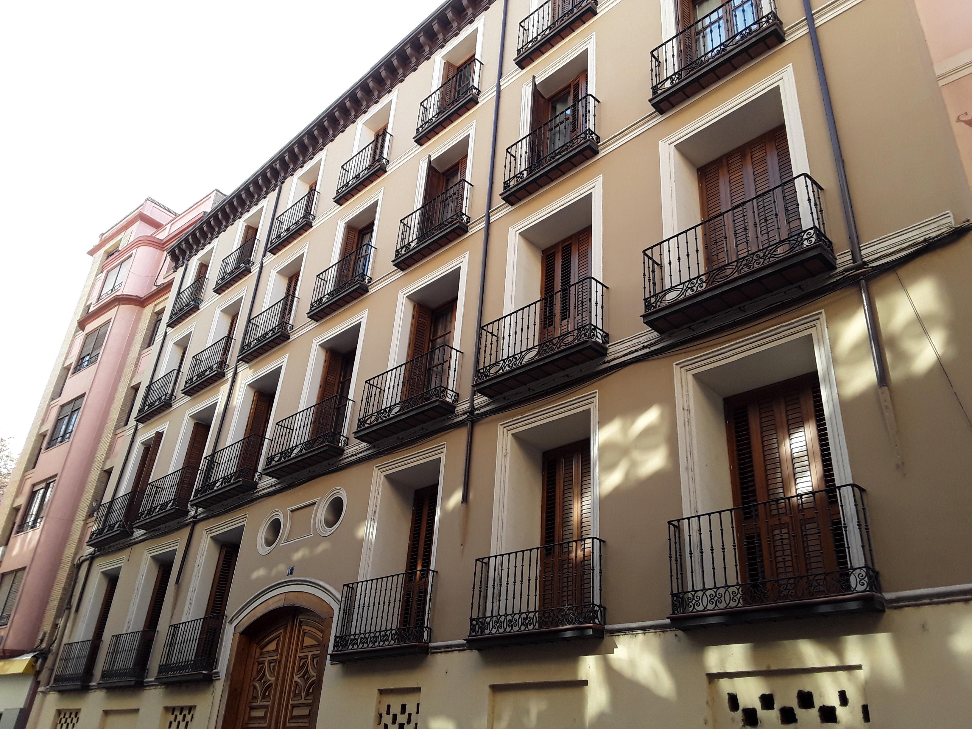 """Bonito apartamento junto al Pilar <span class=""""calle"""">Calle Espoz y Mina</span>"""