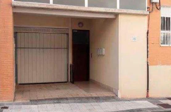 Plaza de garaje en venta en Torrero