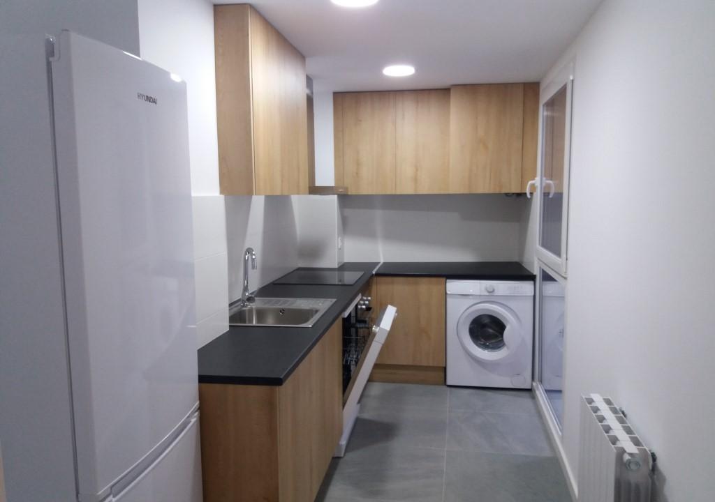 """Apartamento a estrenar Plaza San Miguel <span class=""""calle"""">Calle Espartero</span>"""