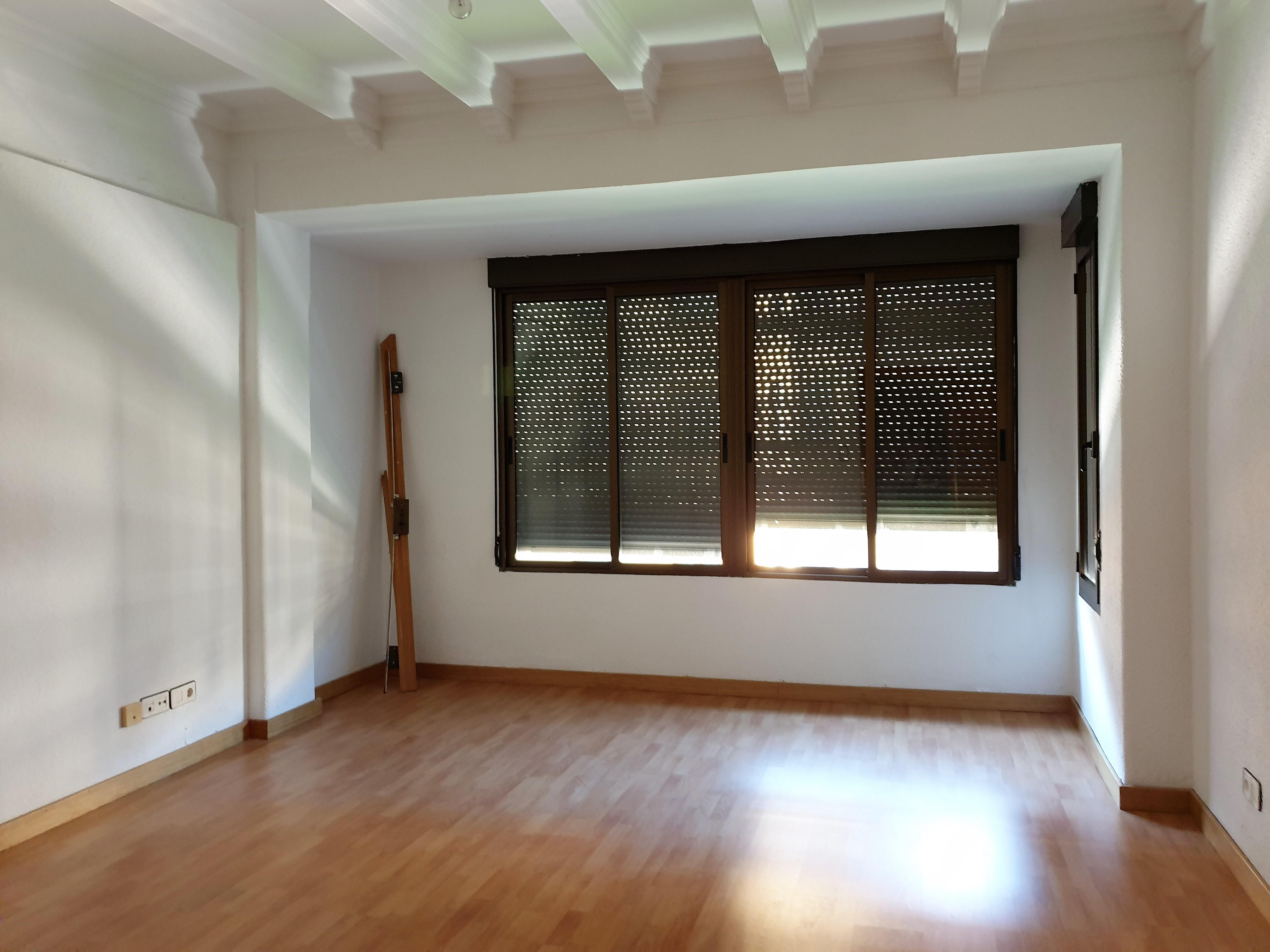 """Magnifica vivienda en el Centro <span class=""""calle"""">Calle Conde Aranda</span>"""