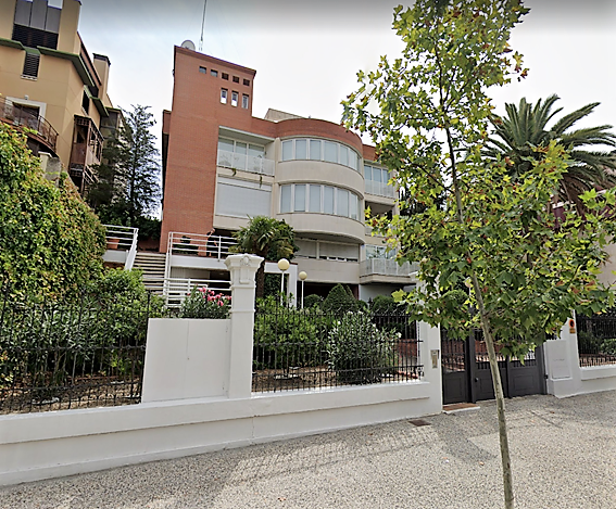 """Duplex en Ruiseñores <span class=""""calle"""">Paseo Ruiseñores</span>"""