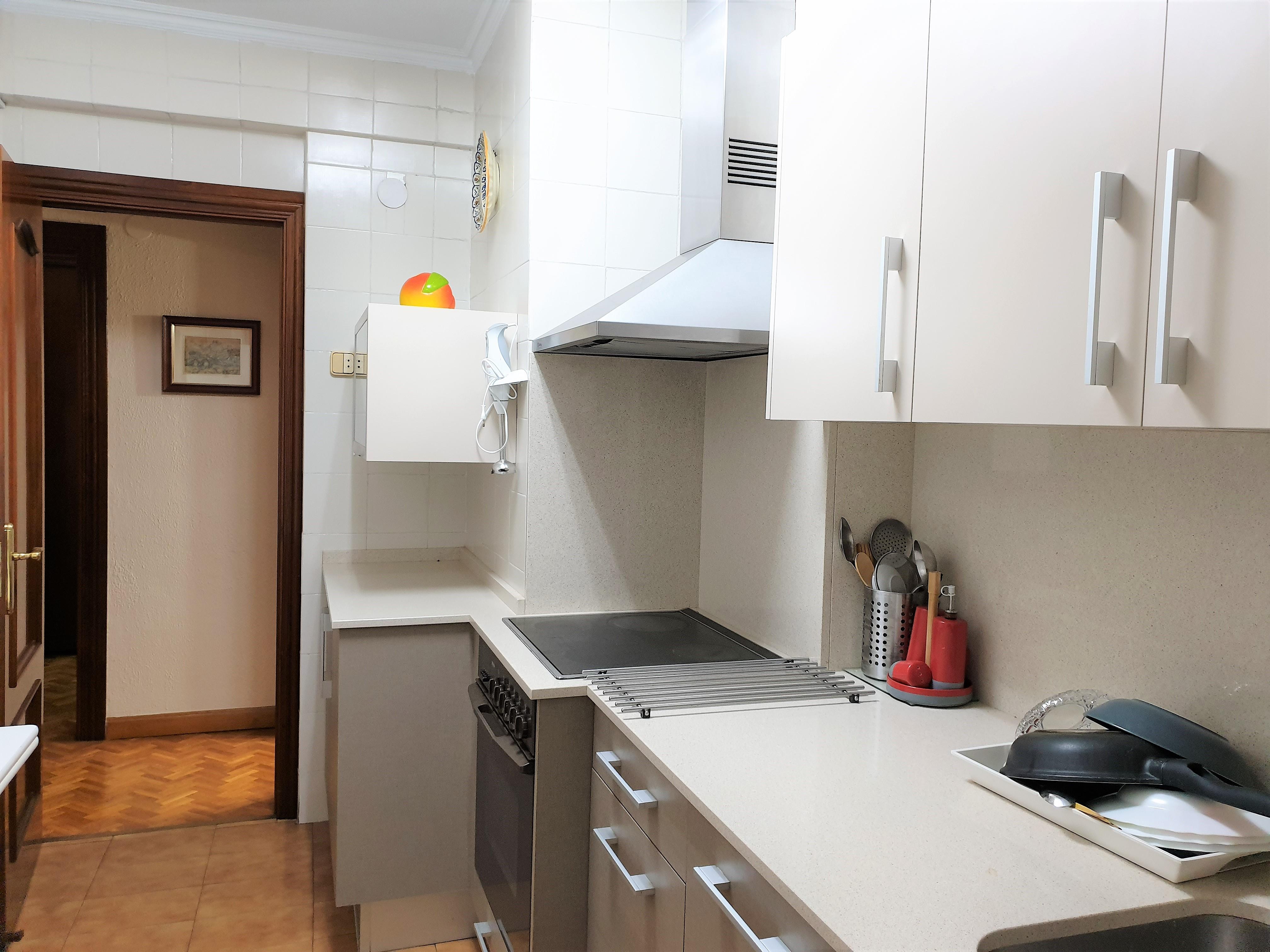 """Apartamento amueblado <span class=""""calle"""">Calle Batalla de Lepanto</span>"""