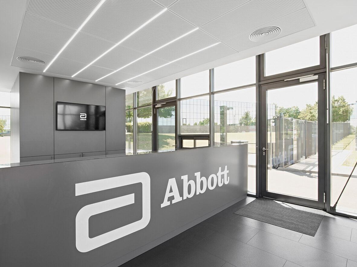 Abbott Empfangsgebaeude Wiesbaden 02