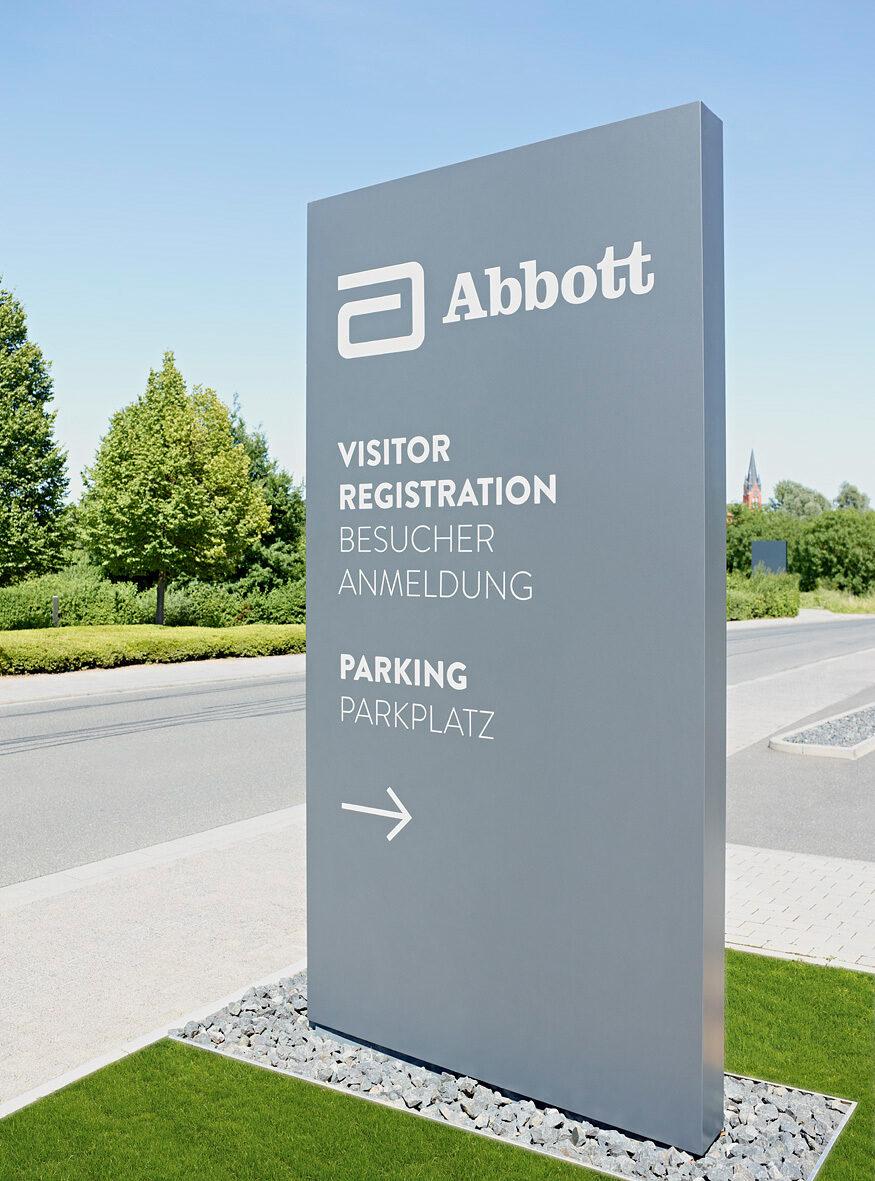 Abbott Empfangsgebaeude Wiesbaden 03