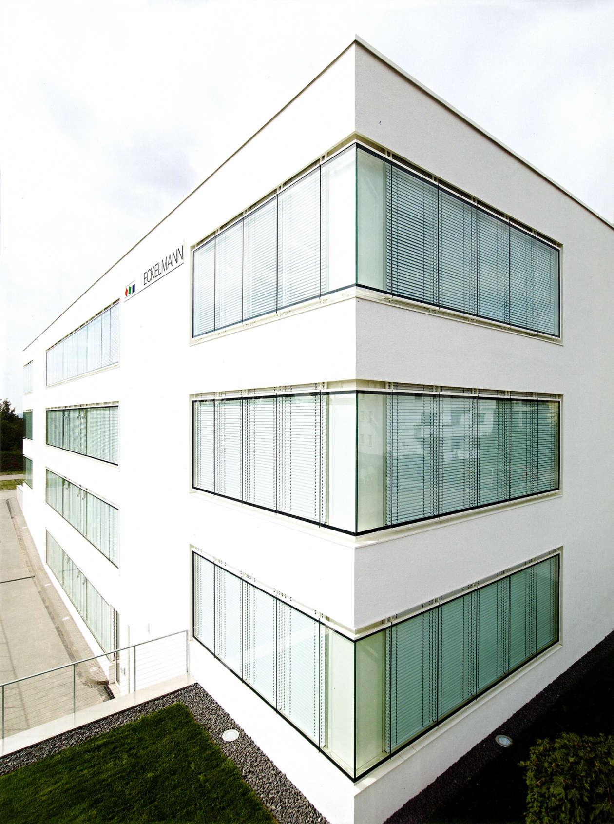 Corporate Architecture 05