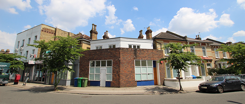East Dulwich mixed-use property sold by Andrews & Robertson on 18 July