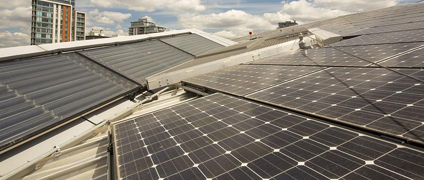 Rooftop solar panels ©Global Warming Images/REX/Shutterstock