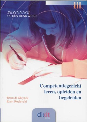 Competentiegericht leren, opleiden en begeleiden (Paperback)