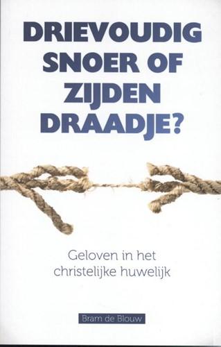 Drievoudig snoer of zijden draadje (Paperback)