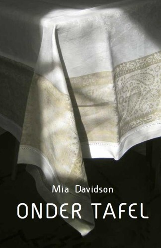 Onder tafel (Paperback)