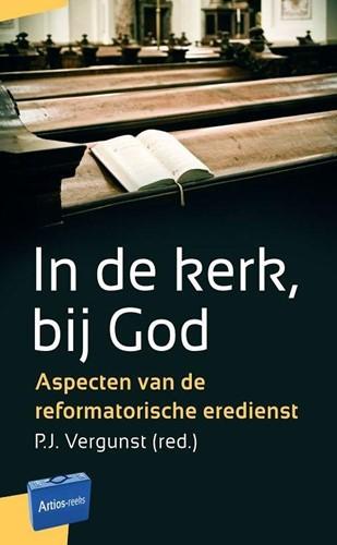 In de kerk, bij God (Paperback)