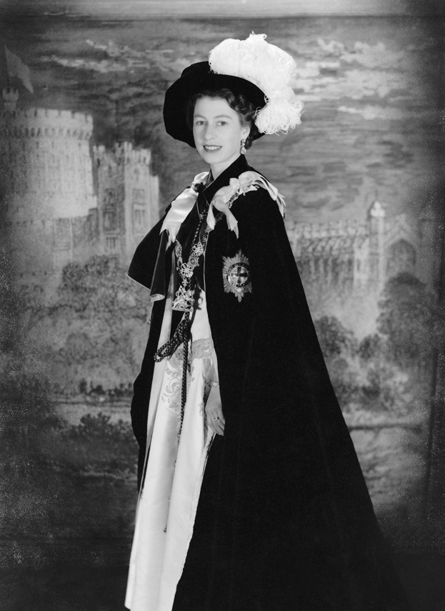 Queen Elizabeth Ii In The Robes Of Grand Master Of The