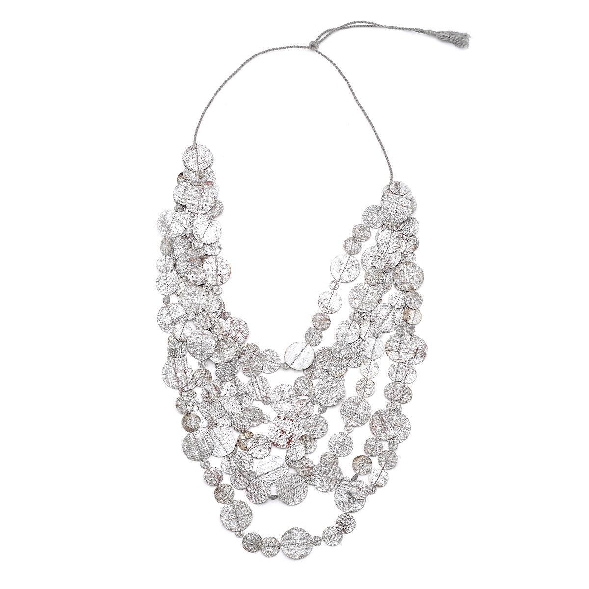 Geometric silver circles fabric necklace by Yavi