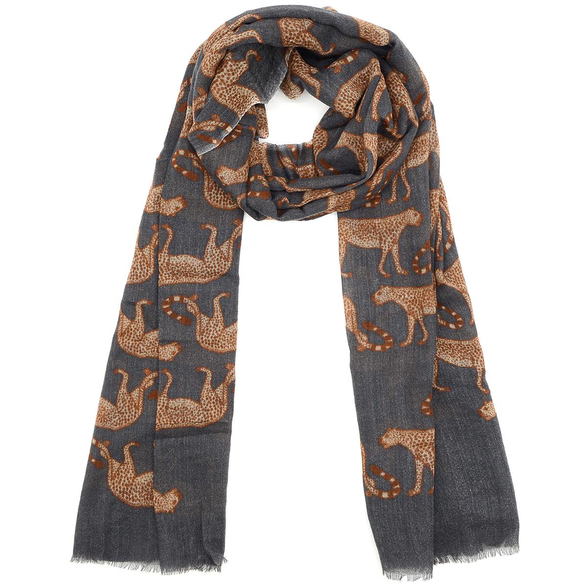 Leopards wool scarf