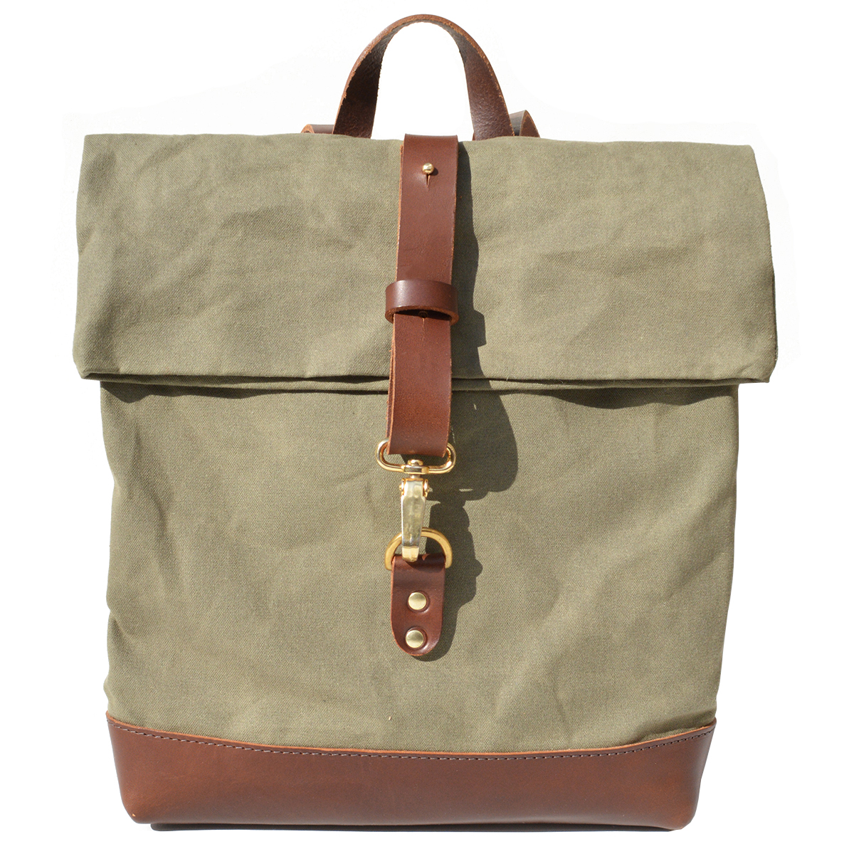 Olive canvas backpack by Natthakur