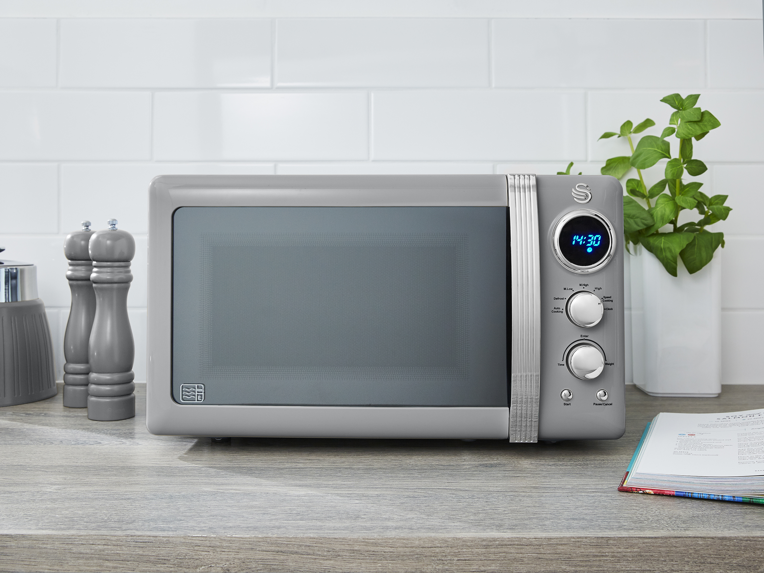 thumbnail 58 - Swan Retro 1.5L Jug Kettle 3KW, 2 Slice Toaster 815W & 20L Digital Microwave Set