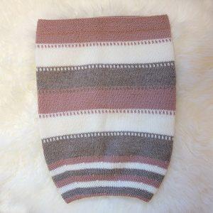 Kosepose med striper - Dus gammelrosa Dus gammelrosa