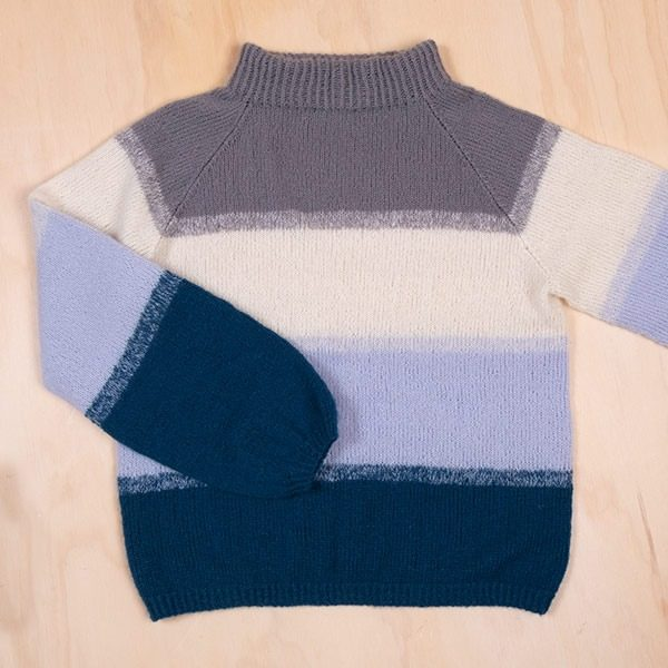 Bluum-strikkegenser-til-dame-2.jpeg