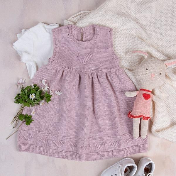 Bluum-kjole-med-hjerter-i-Pure-2-1.jpeg