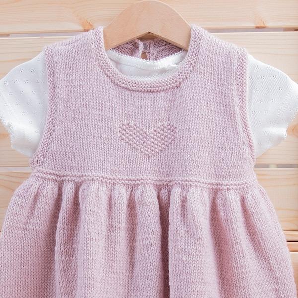 Bluum-kjole-med-hjerter-i-Pure-3-1.jpeg