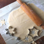 AgentM_beeswrap_gingerbread_baking_600px
