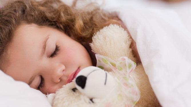 Faste rutiner skaper forutsigbarhet og trygghet. To av de viktigste faktorene for god søvn. Ill.foto: Crestock