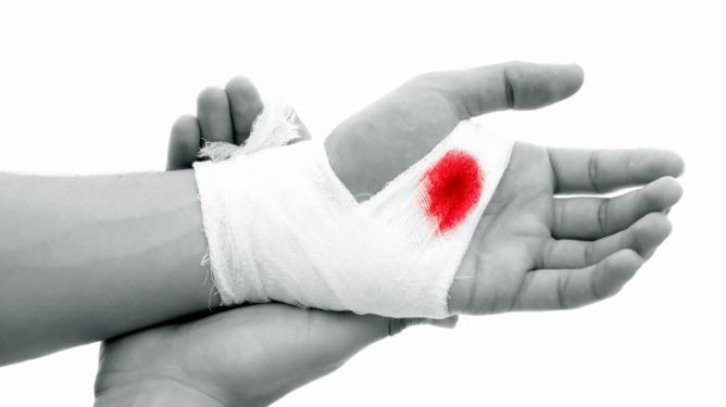 Førstehjelp ved sår og blødninger