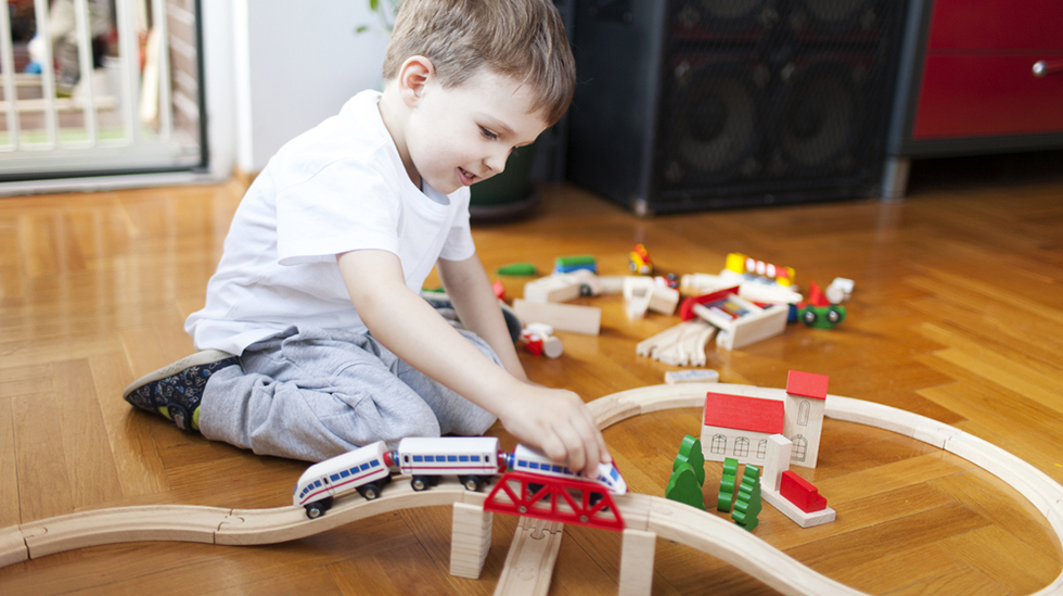 Særlig gutter får diller. Og plutselig kan de avanserte og underlige fakta om flytyper, togtyper, dinosaurer eller andre ting. Illustrasjonsfoto: Shutterstock
