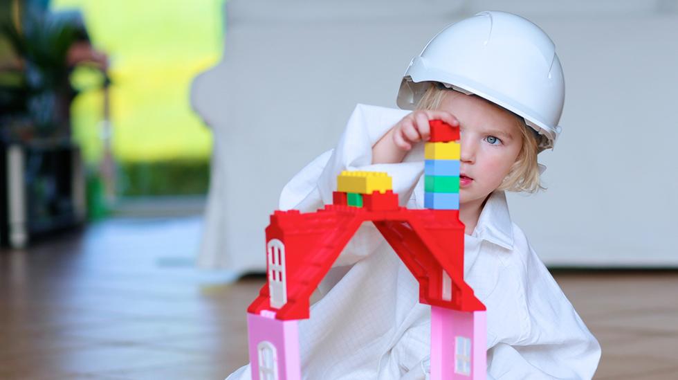 Vi vil det beste for barna våre, men Jesper Juul mener vi har misforstått måten å gjøre det på. Illustrasjonsfoto: Shutterstock