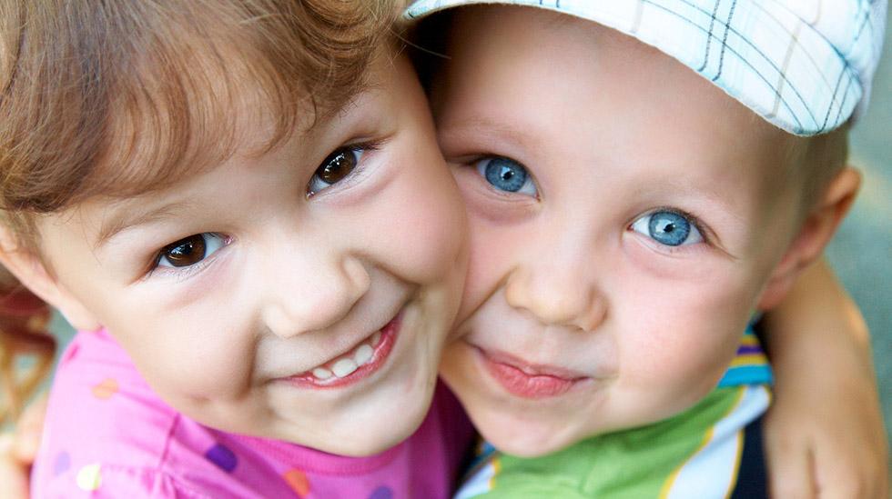 Vennskap kan bidra til at barn blir mer robuste og takler konflikter lettere. Illustrasjonsfoto: Shutterstock